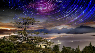 High mountain with nice galaxy and star tarcking