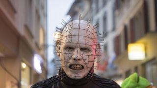 Luzern, 2018. február 8.Maszkos résztvevő a luzerni karnevál nyitónapján, 2018. február 8-án. A 15. századi eredetű télbúcsúztató ünnepség idén február 13-ig tart a svájci városban. (MTI/EPA/Urs Flüeler)