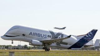 Toulouse, 2018. július 19.Első légi útjára száll fel az Airbus Beluga XL a toulouse-blagnaci repülőtérről 2018. július 19-én. Ezzel megkezdődik a 2019-es kereskedelmi forgalomba állást megelőző, tíz hónaposra tervezett próbaidőszak. (MTI/AP/Frederic Scheiber)