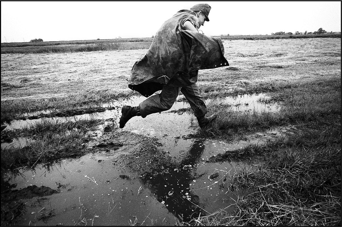 Az utolsó sorkatonák. - Szabadszállás, 2004.  Fotó: Ujvári Sándor