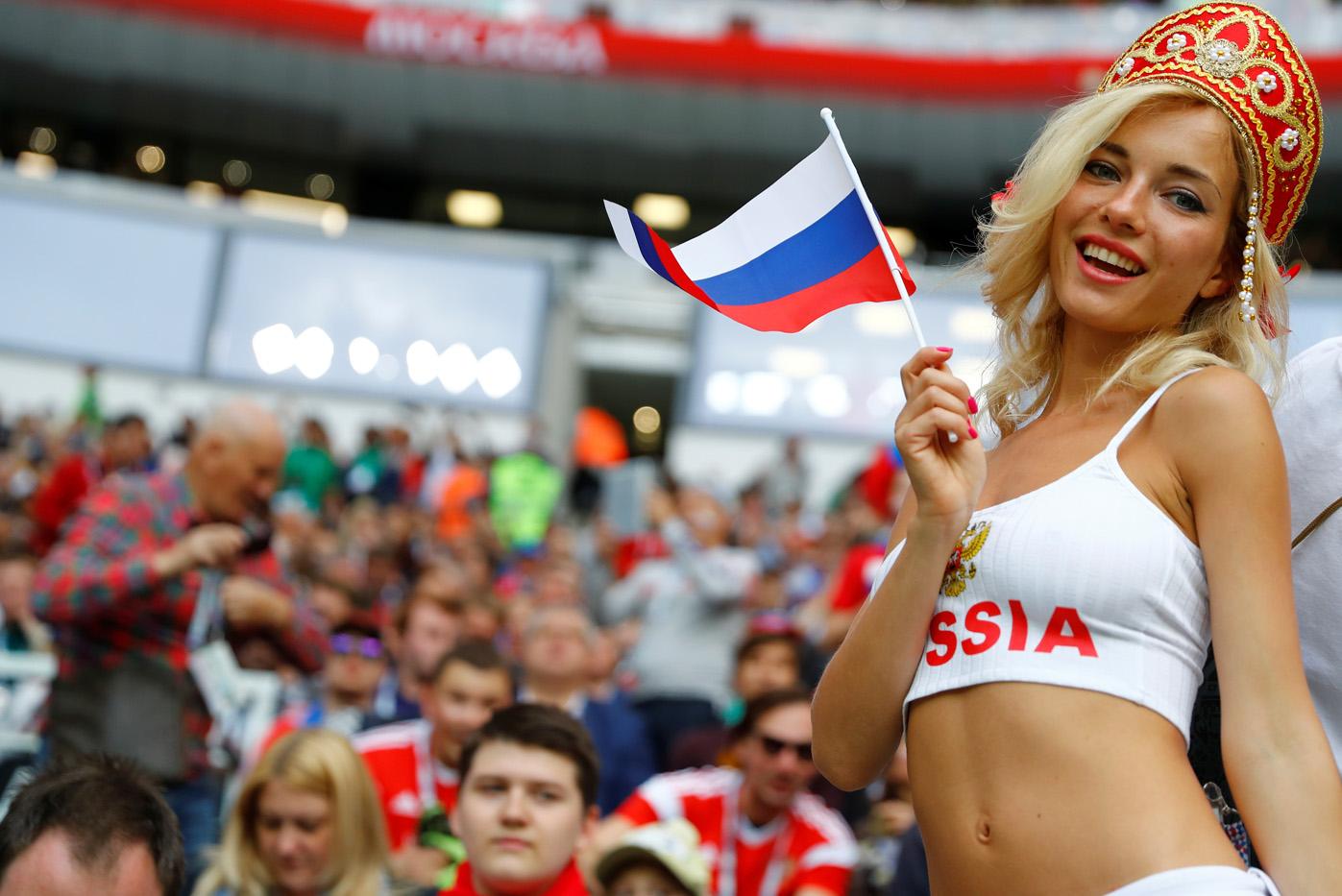 2018-06-14t143224z_1492256806_rc1345350e80_rtrmadp_3_soccer-worldcup-rus-sau-1.jpg