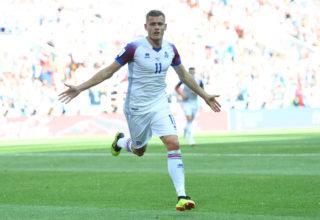 Moszkva, 2018. június 16.Az izlandi Alfred Finnbogason ünnepel, miután gólt szerzett az oroszországi labdarúgó-világbajnokság D csoportja első fordulójában játszott Argentína - Izland mérkőzésén a moszkvai Szpartak Stadionban 2018. június 16-án. (MTI/EPA/Peter Powell)