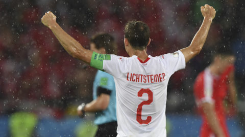 Switzerland's defender Stephan Lichtsteiner reacts after winning their Russia 2018 World Cup Group E football match between Serbia and Switzerland at the Kaliningrad Stadium in Kaliningrad on June 22, 2018. / AFP PHOTO / Attila KISBENEDEK / RESTRICTED TO EDITORIAL USE - NO MOBILE PUSH ALERTS/DOWNLOADS
