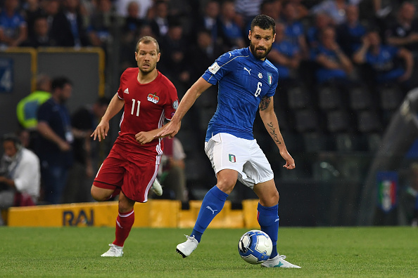 UDINE, ITALY - JUNE 11:  Antonio Candreva of Italy in action against  Franz Burgmeier of Liechtenstein during the FIFA 2018 World Cup Qualifier between Italy and Liechtenstein at Stadio Friuli on June 11, 2017 in Udine, Italy.  (Photo by Valerio Pennicino/Getty Images)