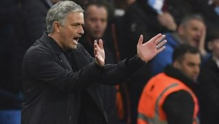 Manchester United's Portuguese manager Jose Mourinho gestures on the touchline during the English Premier League football match between Manchester City and Manchester United at the Etihad Stadium in Manchester, north west England, on April 7, 2018. / AFP PHOTO / Ben STANSALL / RESTRICTED TO EDITORIAL USE. No use with unauthorized audio, video, data, fixture lists, club/league logos or 'live' services. Online in-match use limited to 75 images, no video emulation. No use in betting, games or single club/league/player publications.  /