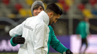 22 March 2018, Germany, Duesseldorf, soccer training German national team: National trainer Joachim Loew speaks to Emre Can. Germany is going to play on Friday 23 March 2018 against Spain in a friendly match. Photo: Federico Gambarini/dpa