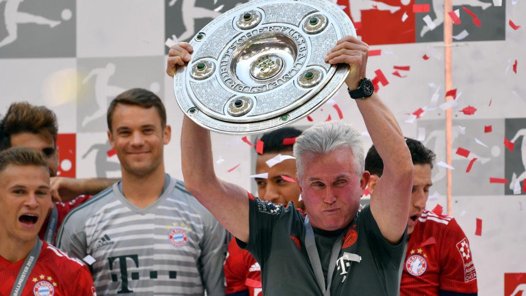 Jupp HEYNCKES (coach Bayern Munich) with shell, championship trophy, trophy, jubilation, joy, enthusiasm, award ceremony, left: Manuel NEUER (goalkeeper FC Bayern Munich), football 1. Bundesliga, 34. matchday, matchday34, Bayern Munich (M) -VFB Stuttgart (S) 1-4, on May 12, 1818 in Muenchen / Germany, ALLIANZAREN A. German Champion, German Championship, | usage worldwide