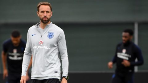 England's coach Gareth Southgate leads a training session at Spartak Zelenogorsk Stadium in Saint Petersburg on June 19, 2018, during the Russia 2018 World Cup football tournament. / AFP PHOTO / PAUL ELLIS