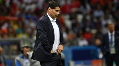 Spain's coach Fernando Hierro looks on during the Russia 2018 World Cup Group B football match between Iran and Spain at the Kazan Arena in Kazan on June 20, 2018. / AFP PHOTO / SAEED KHAN / RESTRICTED TO EDITORIAL USE - NO MOBILE PUSH ALERTS/DOWNLOADS