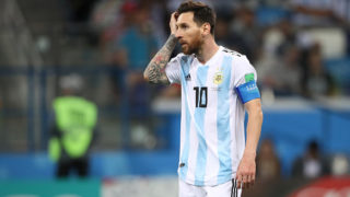 NIZHNY NOVGOROD, RUSSIA - JUNE 21:  Lionel Messi of Argentina looks dejected during the 2018 FIFA World Cup Russia group D match between Argentina and Croatia at Nizhny Novgorod Stadium on June 21, 2018 in Nizhny Novgorod, Russia. (Photo by Matthew Ashton - AMA/Getty Images)