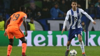 PORTO, PORTUGAL - FEBRUARY 14:  FC Porto defender Diego Reyes from Mexico in action during the UEFA Champions League Round of 16 - First Leg match between FC Porto and Liverpool FC at Estadio do Dragao on February 14, 2017 in Porto, Portugal.  (Photo by Gualter Fatia/Getty Images)