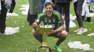 Juventus FC captain Gianluigi Buffon celebrate with the Scudetto Cup after winning of the Italian championship 2017-2018, on the day of his last match with Juventus, at the Allianz stadium on May 19, 2018 in Turin, Italy. (Photo by Massimiliano Ferraro/NurPhoto)