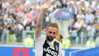 Gonzalo Higuain (Juventus FC) during the ceremony of the Scudetto Cup before the Serie A football match between Juventus FC and Hellas Verona at Allianz Stadium on May 19, 2018 in Turin, Italy. (Photo by Massimiliano Ferraro/NurPhoto via Getty Images)