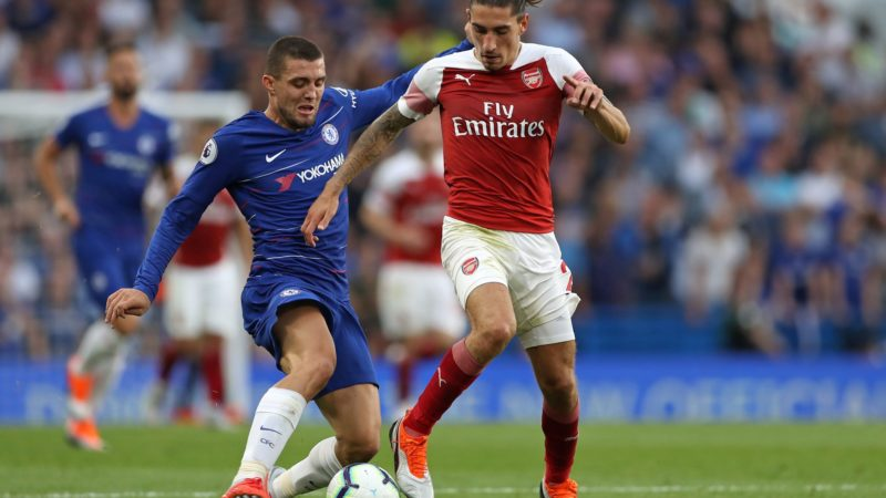 Chelsea's Croatian midfielder Mateo Kovacic vies with Arsenal's Spanish defender Hector Bellerin (R) during the English Premier League football match between Chelsea and Arsenal at Stamford Bridge in London on August 18, 2018.  Chelsea won the game 3-2. / AFP PHOTO / Daniel LEAL-OLIVAS / RESTRICTED TO EDITORIAL USE. No use with unauthorized audio, video, data, fixture lists, club/league logos or 'live' services. Online in-match use limited to 120 images. An additional 40 images may be used in extra time. No video emulation. Social media in-match use limited to 120 images. An additional 40 images may be used in extra time. No use in betting publications, games or single club/league/player publications. /