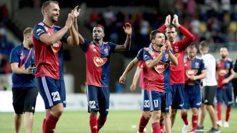 Felcsút, 2018. augusztus 1. A Vidi FC játékosai ünnepelnek, miután a labdarúgó Bajnokok Ligája második selejtezõkörének visszavágóján 1-0-ra legyõzték a bolgár PFK Ludogorec Razgrad csapatát a felcsúti Pancho Arénában 2018. augusztus 1-jén. MTI Fotó: Koszticsák Szilárd