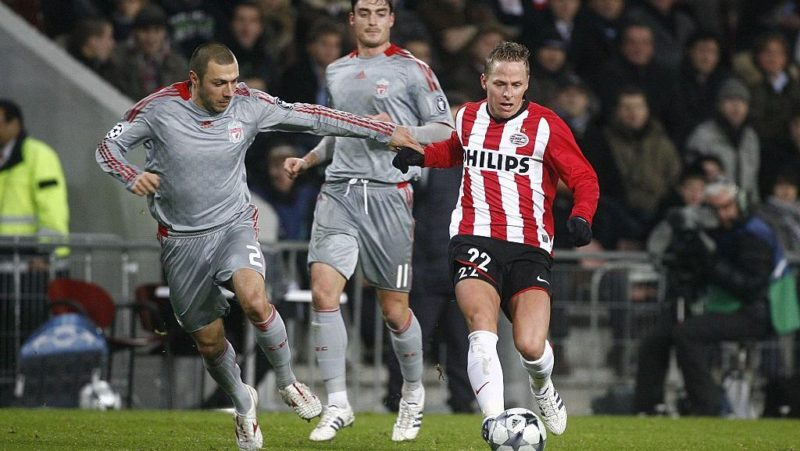 Balazs DzsudzsakAndrea DossenaAlbert Riera during the UEFA Champions League match between PSV Eindhoven and Liverpool FC on December 9, 2008 at the Philips stadium in Eindhoven, The Netherlands.(Photo by VI Images via Getty Images)