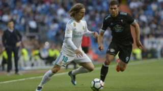 Luka Modric of Real Madrid fight the ball with Boye of Celta de Vigo during a match between Real Madrid vs Celta de Vigo for La Liga Española at Santiago Bernabeu Stadium on May 12, 2018 in Madrid, Spain. (Photo by Patricio Realpe/Press South/ChakanaNews)
