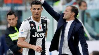 TURIN, ITALY - AUGUST 25: (L-R) Cristiano Ronaldo of Juventus, Coach Massimiliano Allegri of Juventus  during the Italian Serie A   match between Juventus v Lazio at the Allianz Stadium on August 25, 2018 in Turin Italy (Photo by Laurens Lindhout/Soccrates/Getty Images)