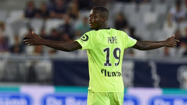 Lille's Ivorian forward Nicolas Pepe reacts during the French L1 football match between Nîmes and Guingamp, on september 26, 2018 at the Costieres stadium in Nimes, southern France. (Photo by NICOLAS TUCAT / AFP)
