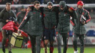 firo: 30.10.2018 Football, Season 2018/2019, DFB Cup, Cup, SV Rodinghausen - FC Bayern Munich, Munich 1: 2 Injured, injury Thiago   usage worldwide