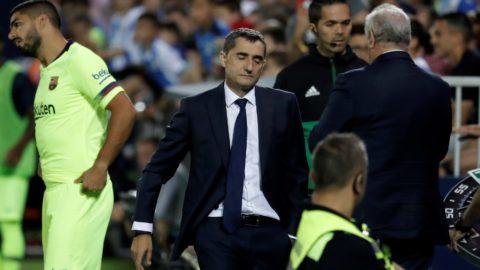 MADRID, SPAIN - SEPTEMBER 26: Head coach Ernesto Valverde of Barcelona reacts during the La Liga football match between Leganes and FC Barcelona at the Estadio Municipal Butarque in Madrid, Spain on September 26, 2018. Burak Akbulut / Anadolu Agency