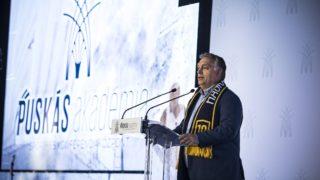 Felcsút, 2018. október 13. Orbán Viktor miniszterelnök beszédet mond a Puskás Akadémia Sport- és Konferenciaközpont átadó ünnepségén Felcsúton 2018. október 13-án. MTI Fotó: kormany.hu