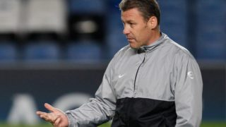 (FILES) In this file photo taken on November 22, 2010 MSK Zilina's Czech Republic Manager Pavel Hapal, gestures to his players during a team training session at Stamford Bridge, in London. - Pavel Hapal, outgoing coach of the Czech national football team, takes over as the coach of Slovakia's national team, replacing Jan Kozak who quit last week, the Slovak Footbal Association announced on October 22, 2018. (Photo by IAN KINGTON / AFP)