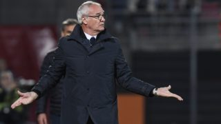 Nantes' Italian head coach Claudio Ranieri gestures during the French L1 football match between Dijon (DFCO) and FC Nantes, on October 28, 2017, at the Gaston-Gerard stadium in Dijon, central eastern France. (Photo by PHILIPPE DESMAZES / AFP)