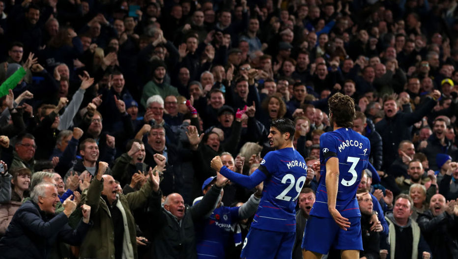 LONDON, ENGLAND - NOVEMBER 04: Alvaro Morata of Chelsea celebrates after scoring his team's second goal during the Premier League match between Chelsea FC and Crystal Palace at Stamford Bridge on November 4, 2018 in London, United Kingdom. (Photo by Catherine Ivill/Getty Images)