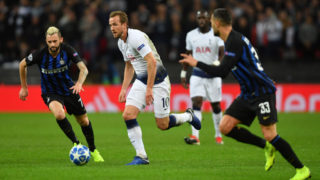 LONDON, ENGLAND - NOVEMBER 28: Harry Kane of Tottenham Hotspur in action during the Group B match of the UEFA Champions League between Tottenham Hotspur and FC Internazionale at Wembley Stadium on November 28, 2018 in London, United Kingdom. (Photo by Mike Hewitt/Getty Images)