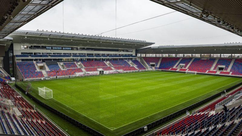 Székesfehérvár, 2018. november 19. Az új székesfehérvári Sóstói Stadion 2018. november 19-én. A 14.200 ember befogadására alkalmas stadion 14 milliárd forintba került. A MOL Vidi FC tulajdonosa, a Fehérvár FC Kft. bérli a stadion sport-, és irodai célú részeit Székesfehérvár önkormányzatától. MTI/Bodnár Boglárka