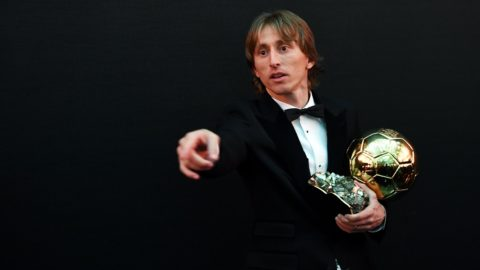 2018 Men's Ballon d'Or award for best player of the year's Real Madrid's Croatian midfielder Luka Modric poses with the trophy after the 2018  Ballon d'Or award ceremony at the Grand Palais in Paris on December 3, 2018. (Photo by FRANCK FIFE / AFP)