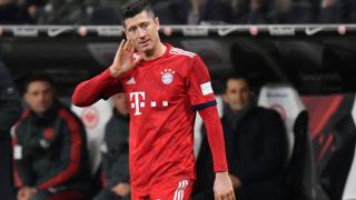 Robert LEWANDOWSKI (FC Bayern Munich), gesture, skeptical, action, single image, single cut motive, half figure, half figure. Soccer 1. Bundesliga, 17.matchday, matchday17, Eintracht Frankfurt (F) -FC Bayern Munich M) 0-3. on 22/12/2018 in Frankfurt. COMMERZBANKAREN A. DFL REGULATION PROHIBIT ANY USE OF PHOTOGRAPHS AS IMAGE SEQUENCES AND / OR QUASI VIDEO.   usage worldwide