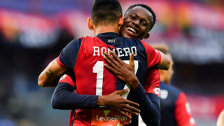 GENOA, ITALY - OCTOBER 28: Cristian Romero of Genoa (front) celebrates with his team-mate Christian Kouamé of Genoa after scoring a goal during the Serie A match between Genoa CFC and Udinese at Stadio Luigi Ferraris on October 28, 2018 in Genoa, Italy. (Photo by Paolo Rattini/Getty Images)