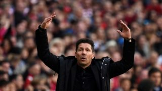 Atletico Madrid's Argentinian coach Diego Simeone gestures during the Spanish league football match between Club Atletico de Madrid and Club Deportivo Leganes SAD at the Wanda Metropolitano stadium in Madrid on March 9, 2019. (Photo by PIERRE-PHILIPPE MARCOU / AFP)