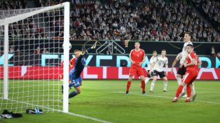 firo: 20.03.2019, Football, 2018/2019, Landerspiel: National Team: Germany - Serbia goal to 0: 1 by Luka Jovic versus Manuel Neuer | usage worldwide