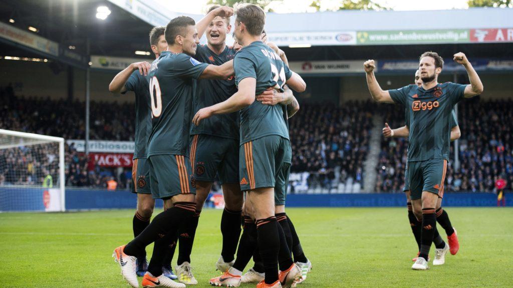 Players of Ajax Amsterdam jubilate after Lasse Schone scored a goal during the Dutch Eredivisie football match between De Graafschap Doetinchem and Ajax Amsterdam on May 15, 2019, in Doetinchem. (Photo by Olaf KRAAK / ANP / AFP) / Netherlands OUT