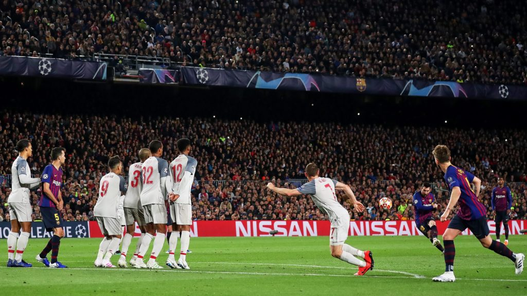 BARCELONA, SPAIN - MAY 1:  Barcelona's Argentinian forward Lionel Messi (2nd R) takes a free-kick and scores his 600 goal with FC Barcelona during semi finals of UEFA Champions League football match between FC Barcelona and Liverpool FC at the Camp Nou Stadium in Barcelona, Spain on May 1, 2019. Adria Puig / Anadolu Agency