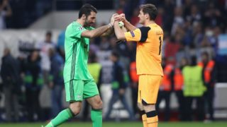 Gianluigi Buffon goalkeeper of Juventus FC (L) and Porto's Spanish goalkeeper Iker Casillas (R) during the UEFA Champions League Round of 16 1st leg soccer match between FC Porto and Juventus, at Dragao Stadium in Porto on February 22, 2017. (Photo by Paulo Oliveira / DPI / NurPhoto)