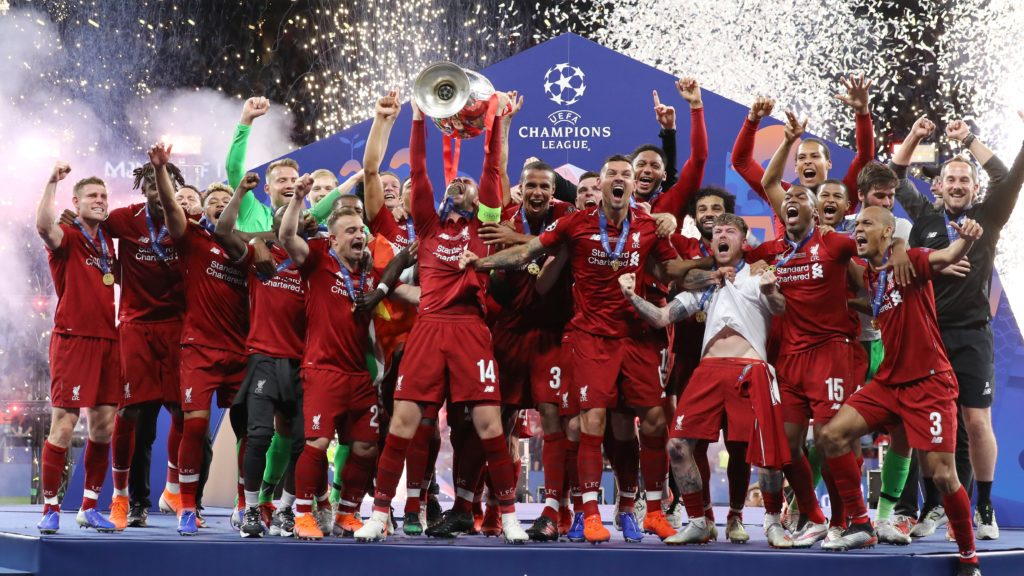 Liverpool captain Jordan Henderson lifts the cup during the UEFA Champions League Final Tottenham Hotspur Fc v Liverpool Fc awards ceremony at the Wanda Metropolitano Stadium in Madrid, Spain on June 1, 2019  (Photo by Matteo Ciambelli/NurPhoto)