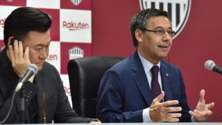 FC Barcelona president Josep Maria Bartomeu (R) delivers a speech as Japanese football club Vissel Kobe chairman Hiroshi Mikitani (L) listens during their joint press conference to announce a collaboration agreement before the Rakuten Cup football match between Vissel Kobe and FC Barcelona, in Kobe on July 27, 2019. (Photo by Kazuhiro NOGI / AFP)