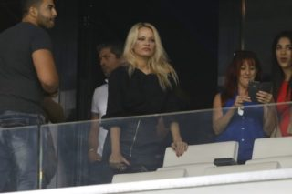 Pamela Anderson before the French Championship Ligue 1 football match between Olympique de Marseille and Toulouse FC on September 24, 2017 at Orange Velodrome stadium in Marseille, France - Photo Philippe Laurenson / DPPI