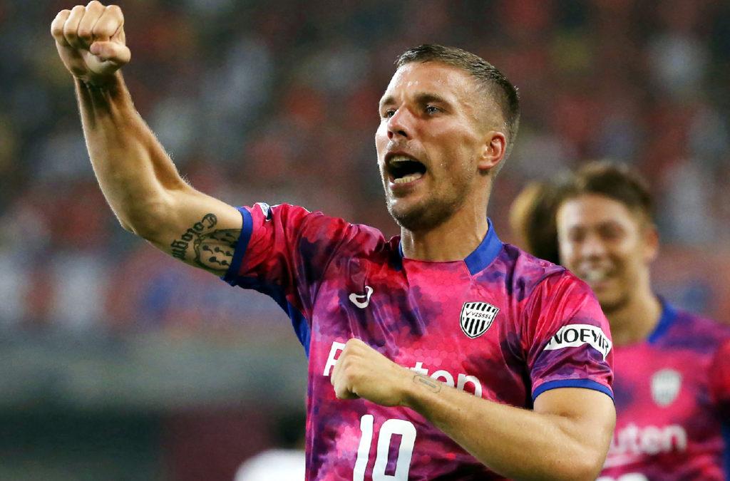 Vissel Kobe's Lukas Podolski of Germany celebrates scoring his first goal during his J-League football match against Omiya Ardija in Kobe on July 29, 2017. / AFP PHOTO / JIJI PRESS / STR / Japan OUT