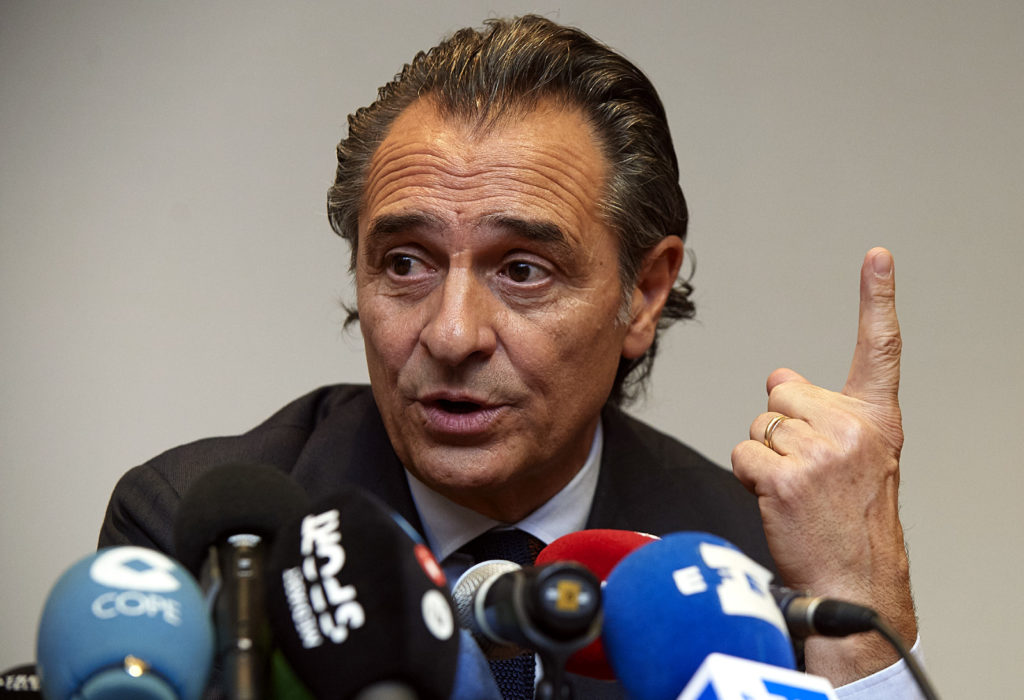 VALENCIA, SPAIN - DECEMBER 31:  Cesare Prandelli speaks to the media following his resignation as head coach of the Valencia CF at Hotel Melia on December 31, 2016 in Valencia, Spain.  (Photo by Manuel Queimadelos Alonso/Getty Images)