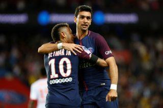 Paris Saint-Germain's Brazilian forward Neymar Jr and Pastore attend the French championship L1 football match between Paris Saint-Germain (PSG) and Toulouse, on August 20, 2017, at the Parc des Princes, in Paris, France. (Photo by Mehdi Taamallah/NurPhoto)