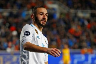 Real Madrid's French forward Karim Benzema looks on during the UEFA Champions League Group H match between Apoel FC and Real Madrid on November 21, 2017, in the Cypriot capital Nicosia's GSP Stadium.  / AFP PHOTO / Jack GUEZ