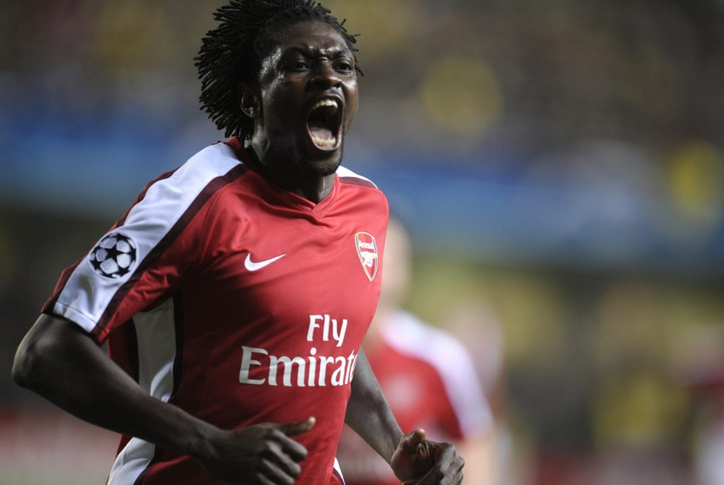 Arsenal's Emmanuel Adebayor celebrates his goal against Villa Real during their Champions League quarter final football match at home to Villa Real at Madrigal Stadium on April 7, 2009.. AFP PHOTO/DIEGO TUSON / AFP PHOTO / DIEGO TUSON
