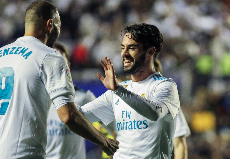 Real Madrid´s players isco and Benzema celebrating a goal during La Liga match between Levante and Real Madrid at the Ciudad de Valencia stadium in Valencia, Saturday, Feb. 03th 2018. Photo Irina R. H. / AFP7 / DPPI