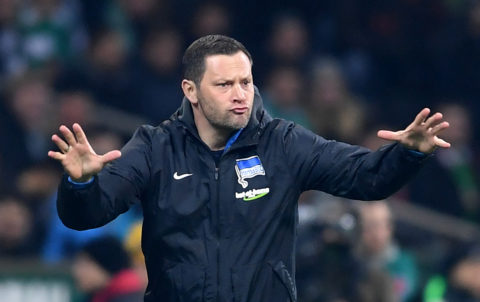Hertha's head coach Pal Dardai during the German Bundesliga football match between Werder Bremen and Hertha BSC Berlin at the Weserstadion in Bremen, Germany, 27 January 2018.  (EMBARGO CONDITIONS - ATTENTION: Due to the accreditation guidelines, the DFL only permits the publication and utilisation of up to 15 pictures per match on the internet and in online media during the match.) Photo: Carmen Jaspersen/dpa