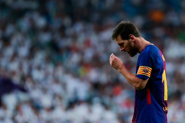 MADRID, SPAIN - AUGUST 16:  Lionel Messi of FC Barcelona recats during the Supercopa de Espana Final 2nd Leg match between Real Madrid and FC Barcelona at Estadio Santiago Bernabeu on August 16, 2017 in Madrid, Spain.  (Photo by Gonzalo Arroyo Moreno/Getty Images)